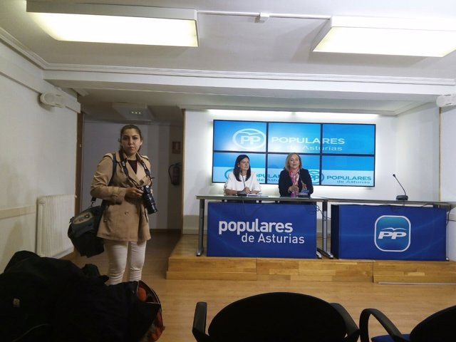 Susana López Ares y Mercedes Fernández