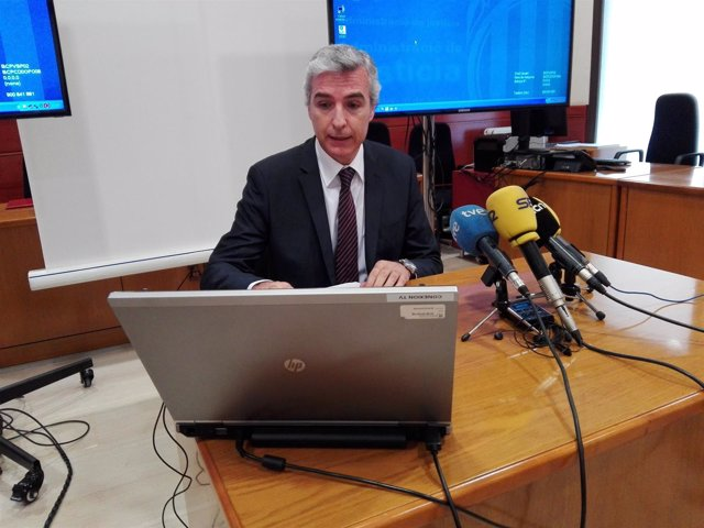 El presidente de la Audiencia de Barcelona, Antonio Recio, en rueda de prensa