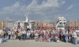 Más de 1.500 ciudadanos disfrutan de los paseos en barco de la actividad 'Conoce tu puerto' en Algeciras