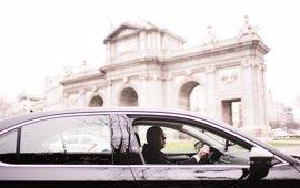 """Una profesora del CEU-UCH defiende que Uber """"no es competencia desleal para el taxi"""" y ve un """"falso debate"""""""