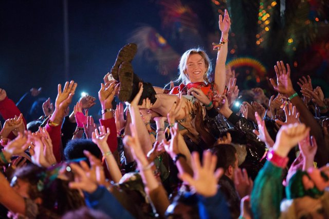 Como conocer gente en festivales [PUNIQRANDLINE-(au-dating-names.txt) 31