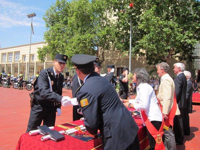 La Policía Local de Zaragoza ha celebrado este jueves el día de su patrona