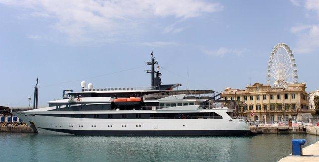 Escala del 'Variety Voyager' en el puerto de Málaga