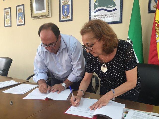 Firman de Convenio entre Mancomunidad Axarquí y Fundación Torcal