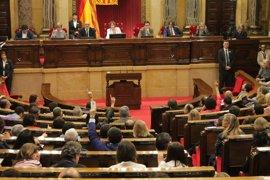El Parlament avala la compra de urnas y las partidas presupuestarias del referéndum