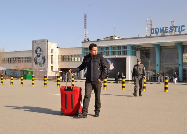 Ciudadano afgano deportado por Alemania llega a Kabul
