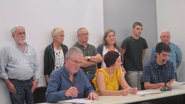 Muñoz y Aranburu, junto a otros integrantes de la Carta Social