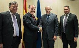 Presidente de la Asamblea venezolana con el secretario de Estado para Iberoaméri
