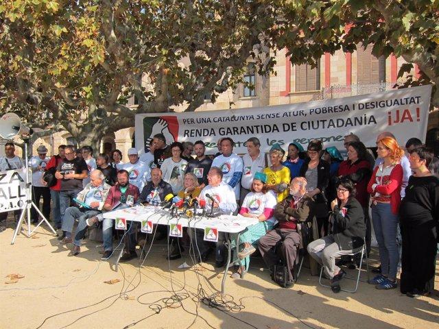 (Archivo) Representantes De Entidades, Sindicatos Y Políticos Ante El Parlament
