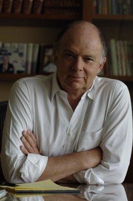 El escritor y editor Enrique Krauze