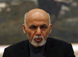El presidente de Afganistán ordena ejecutar a once miembros de los talibán y la Red Haqqani tras el atentado en Kabul