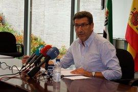 """La Junta valora el descenso del desempleo en mayo y dice que seguirá trabajando para """"recoger los frutos"""""""