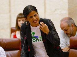 Citado el presidente de Cámara de Comercio de Sevilla en el caso del empresario que simuló besar a Teresa Rodríguez
