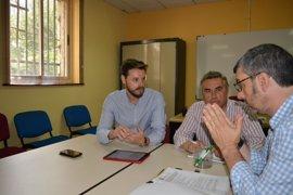 La Junta reúne en Motril (Granada) a empresas de la Costa Tropical para diseñar una estrategia que atraiga turistas