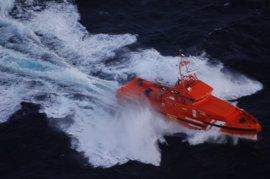 Localizada una patera a 56 millas de Algeciras con entre 20 y 30 inmigrantes a bordo