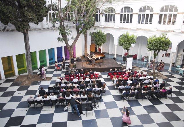 Inauguración de 'Un Encuentro con la Cultura Eslovaca'