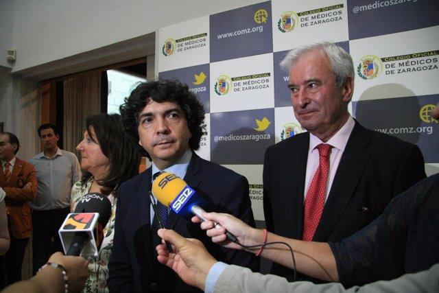 Mario Garcés (centro) recuerda la importancia de la coherencia en política.