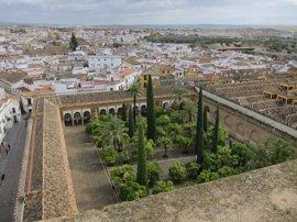 El gobierno de Córdoba aprueba la comisión para estudiar la titularidad de la Mezquita