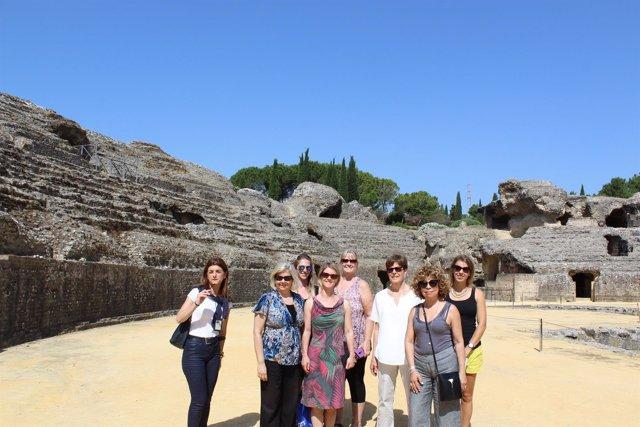 Agentes de viajes canadienses visitan Itálica