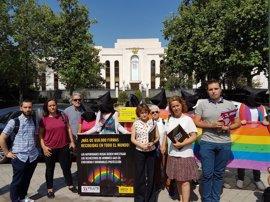 """Amnistía Internacional reúne 662.000 firmas en el mundo a favor de los gais en Chechenia: """"Los están sacando a rastras"""""""