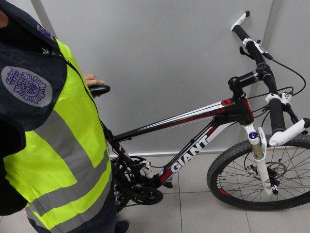 BICICLETA RECUPERADA POR LA POLICÍA