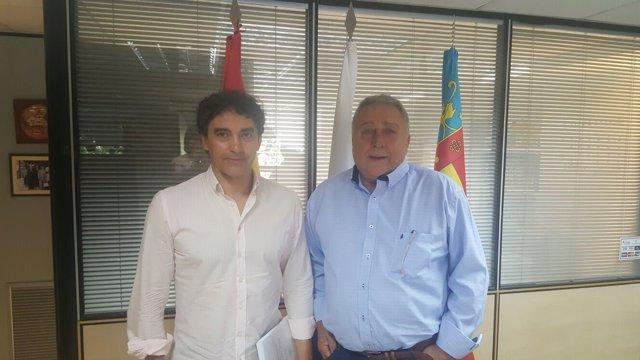 Francesc Colomer se reúne con el cónsul de Rusia