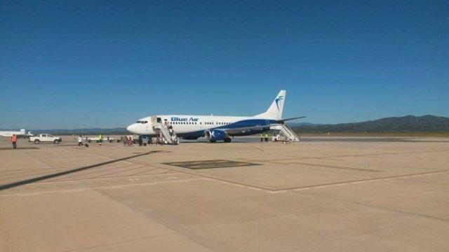Avión en el aeropuerto de Castellón
