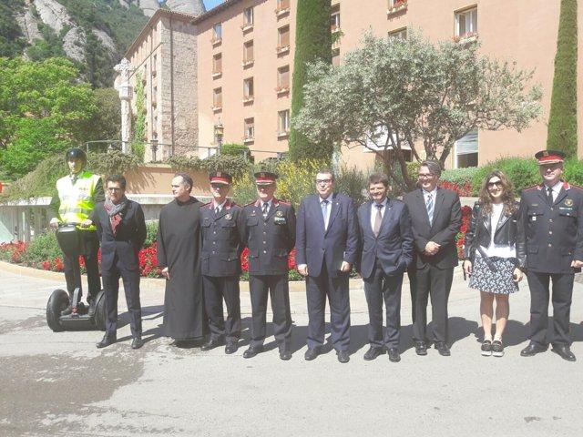 El conseller Jordi Jané asiste a una reunión de seguridad en Montserrat