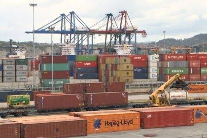 (Ampl.) Los estibadores programan tres semanas de conflicto en los puertos tras convocar nuevos paros