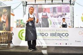 Kisko García y Albert Adriá muestran sus apuestas en el Congreso Nacional del Cerdo Ibérico en Pozoblanco (Córdoba)