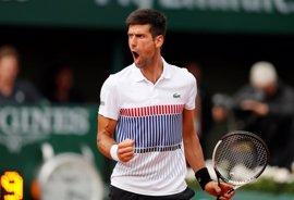 Djokovic salva el susto de Schwartzman para estar en octavos de Roland Garros