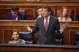"""Catalá subraya que el Gobierno no """"elige"""" ni """"cesa"""" a los fiscales, y resalta la """"autonomía"""" del Ministerio Público"""