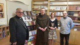 El obispo de Córdoba presenta en Polonia la traducción de los 'Escritos Sacerdotales' de San Juan de Ávila