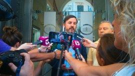 La conferencia del presidente de Hazte Oír en Palma finaliza a los 15 minutos tras un enfrentamiento con manifestantes