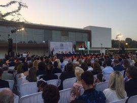 La Universidad Loyola Andalucía gradúa a sus primeros 81 estudiantes en el campus de Córdoba