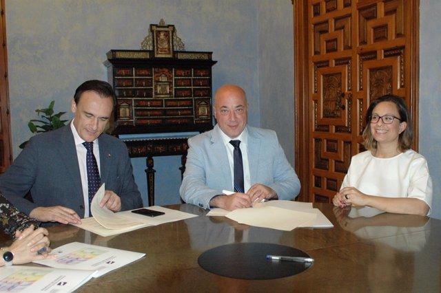 Convenio de colaboración entre Diputación de Córdoba y Cátedra Leonor de Guzmán