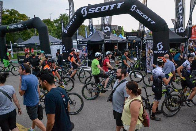 El festival Sea Otter Europe cuenta con 4.000 ciclistas inscritos