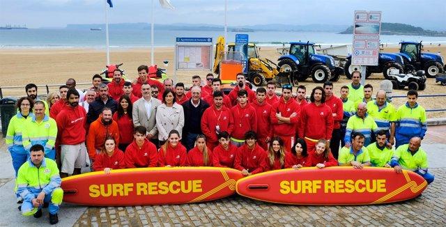 Presentación de los servicios de socorrismo y limpieza en playas