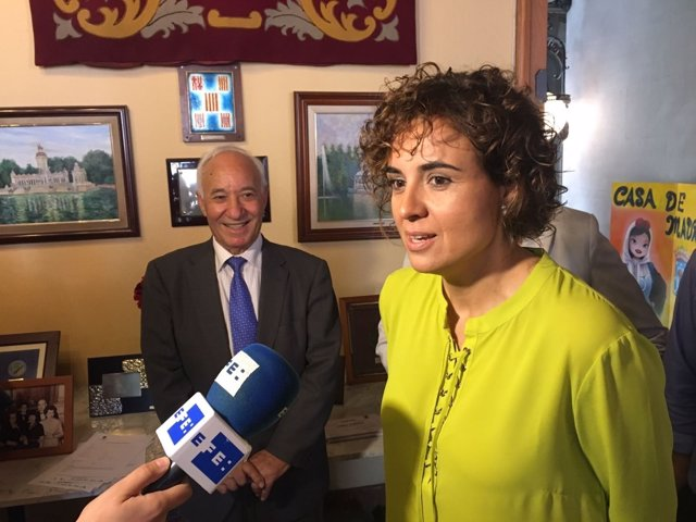 La ministra Dolors Montserrat en la Casa de Madrid de Barcelona