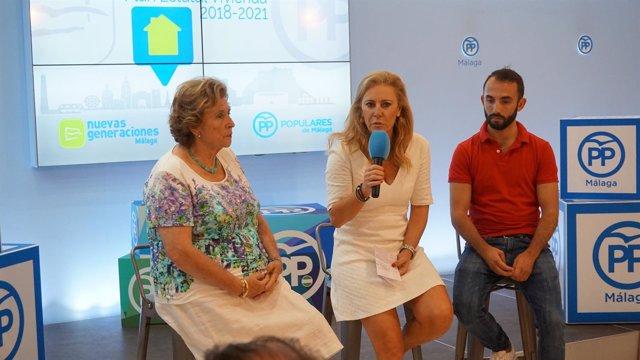 Carolina España en una rueda de prensa sobre vivienda