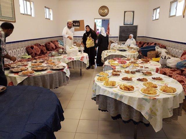 Comida para personas desfavorecidas en Melilla durante el Ramadán