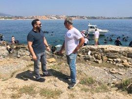 Recogen 240 kilos de plomo y otros metales en una limpieza de fondos marinos en La Ballenera, en Algeciras (Cádiz)