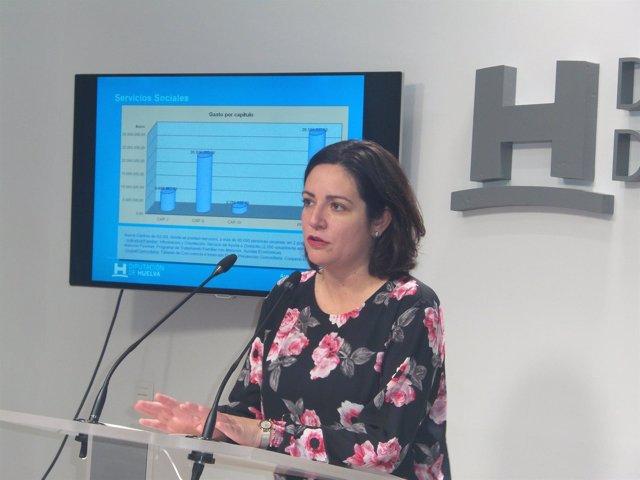 La diputada provincial de Bienestar Social de Huelva, Aurora Vélez