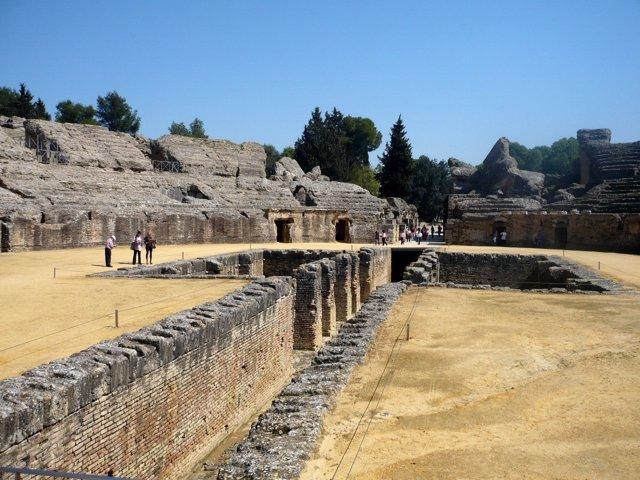 El anfiteatro romano de Itálica.