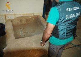 Investigan a un vecino de Villa del Río por la apropiación de una fuente de época romana