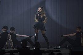 Ariana Grande reestrena One Last Time, cuyos beneficios irán destinados a las víctimas del atentado de Mánchester