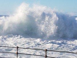 Lanzarote, en aviso amarillo por vientos de más de 70 km/h, y Tenerife y Gran Canaria por oleaje