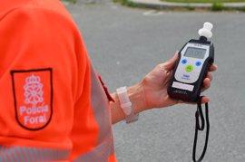 La Policía Foral detiene a un conductor reincidente por alcoholemia y conducir su permiso