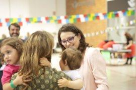 Más de 100 familias numerosas reivindican en València las virtudes de tener dos o más hijos