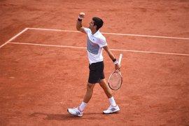 Djokovic no da opción a Ramos para citarse con Thiem en cuartos de final